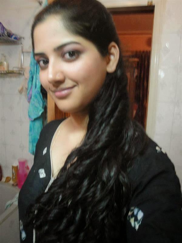 Hot Vip Desi Girl Dance in Room  Video Dailymotion