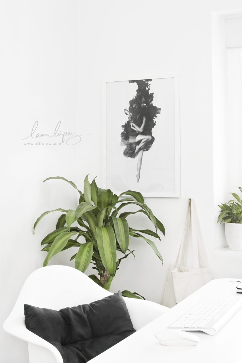 black and white workspace decor