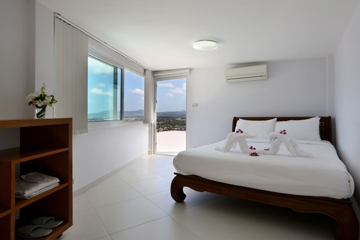 Small bedroom in Modern Villa Beyond in Phuket
