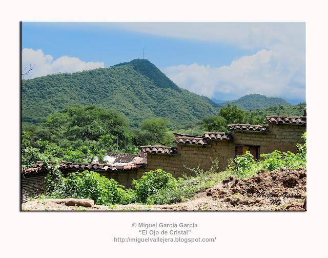 Morropón, cerros con los que comienzan las primeras elevaciones de la cordillera