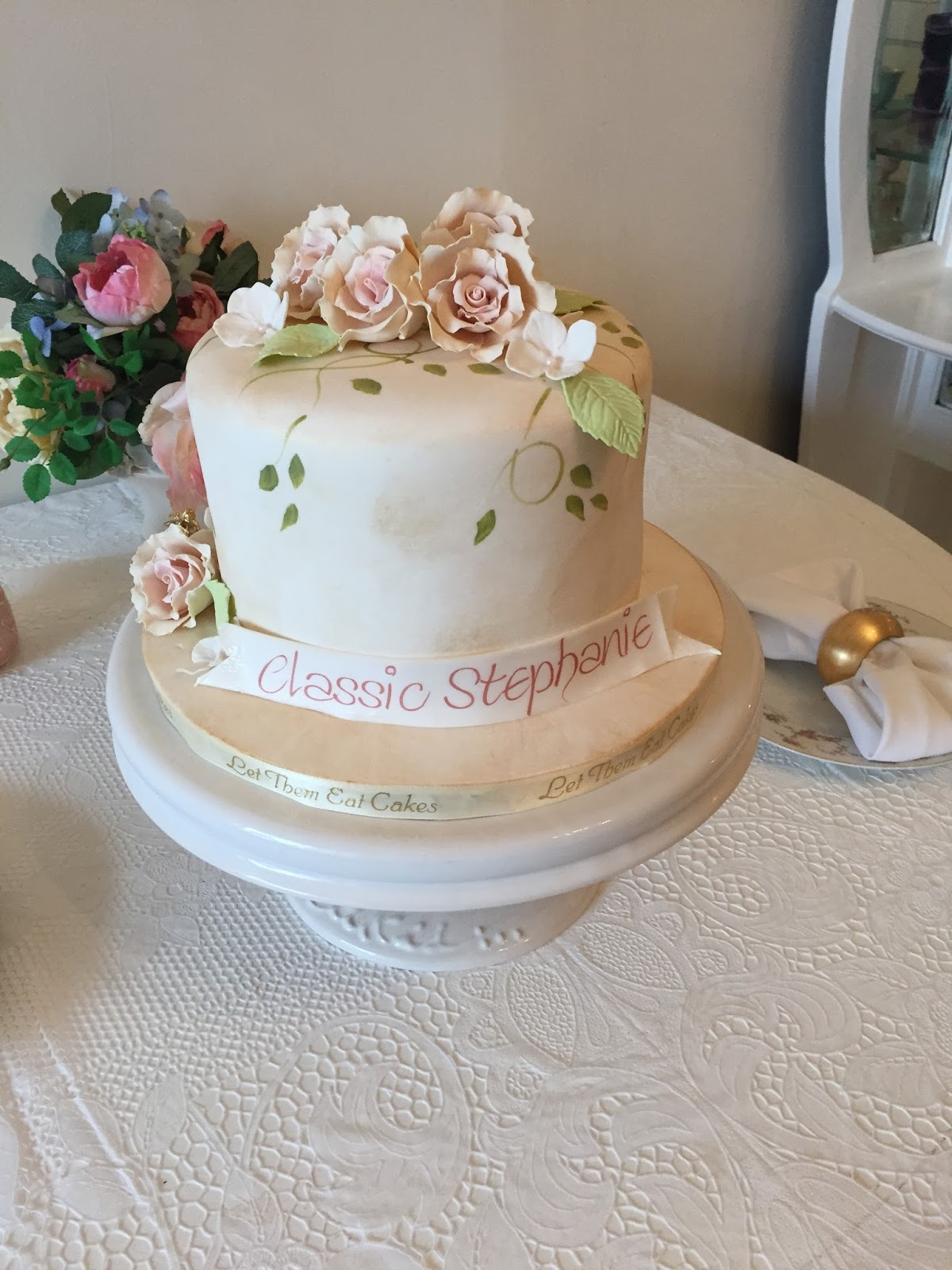 Stephanie The Birthday Girl Loves Shabby Chic Lots Of Pink And Girly Things Course Flowers We Designed This Pretty Cake With A Garden Feel