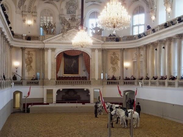 Vienne Wien Innere Stadt Hofburg Spanische Hofreitschule école équitation espagnole