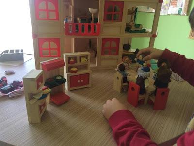 Η αξία του συμβολικού παιχνιδιού στην ανάπτυξη του παιδιού. Της Λογοθεραπεύτριας Ξένιας Ουσάκοβα.