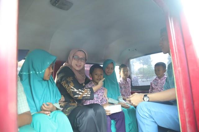 Pemkab Lumajang Luncurkan Angkutan Gratis Untuk Pelajar