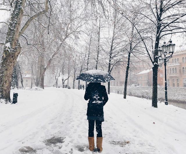أفكار خاطئة يلجأ إليها البعض للتخلص من برودة الشتاء