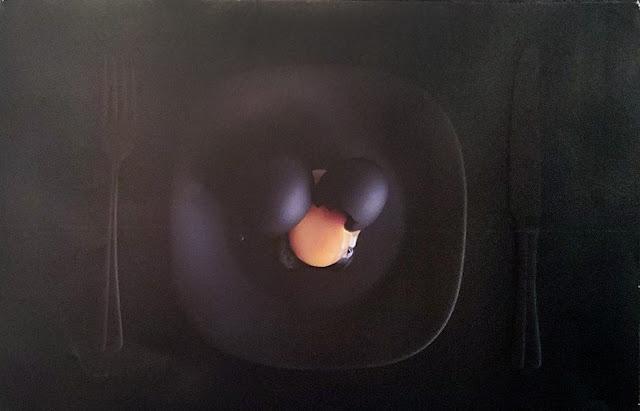 """межрегиональная выставка фотонатюрморта """"Весь мир - театр. Внимание на экспериментальную сцену!"""": Виктория Иванова - Завтрак Малевича"""
