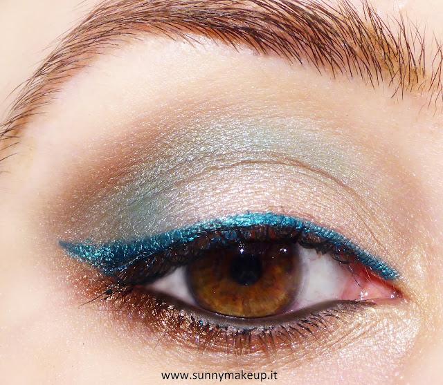 Make up occhi verde smeraldo e bronzo con la collezione estiva Coral Island di Pupa.