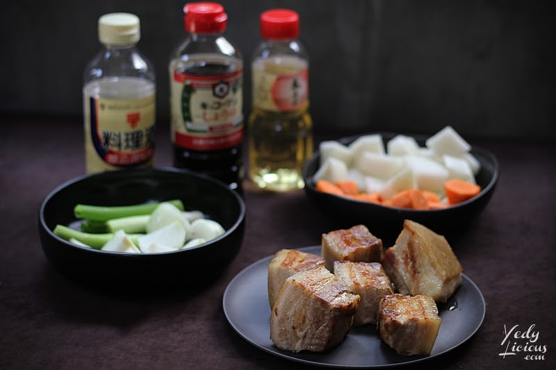 Buta No Kakuni Recipe 豚の角煮 How To Cook Japanese Braised Pork Belly, Simple and Easy Buta No Kakuni Japanese Braised Pork Belly Recipe Manila Philippines, Easy Japanese Recipe, Easy Pork Recipe, Buta No Kakuni Near Me Recipe Ingredients Where To Buy, How To Make Japanese Otoboshi Drop Lid, Best Top Food Blog YedyLicious Manila Food Blog Philippines Yedy Calaguas Manila Food Stylist Food Photographer