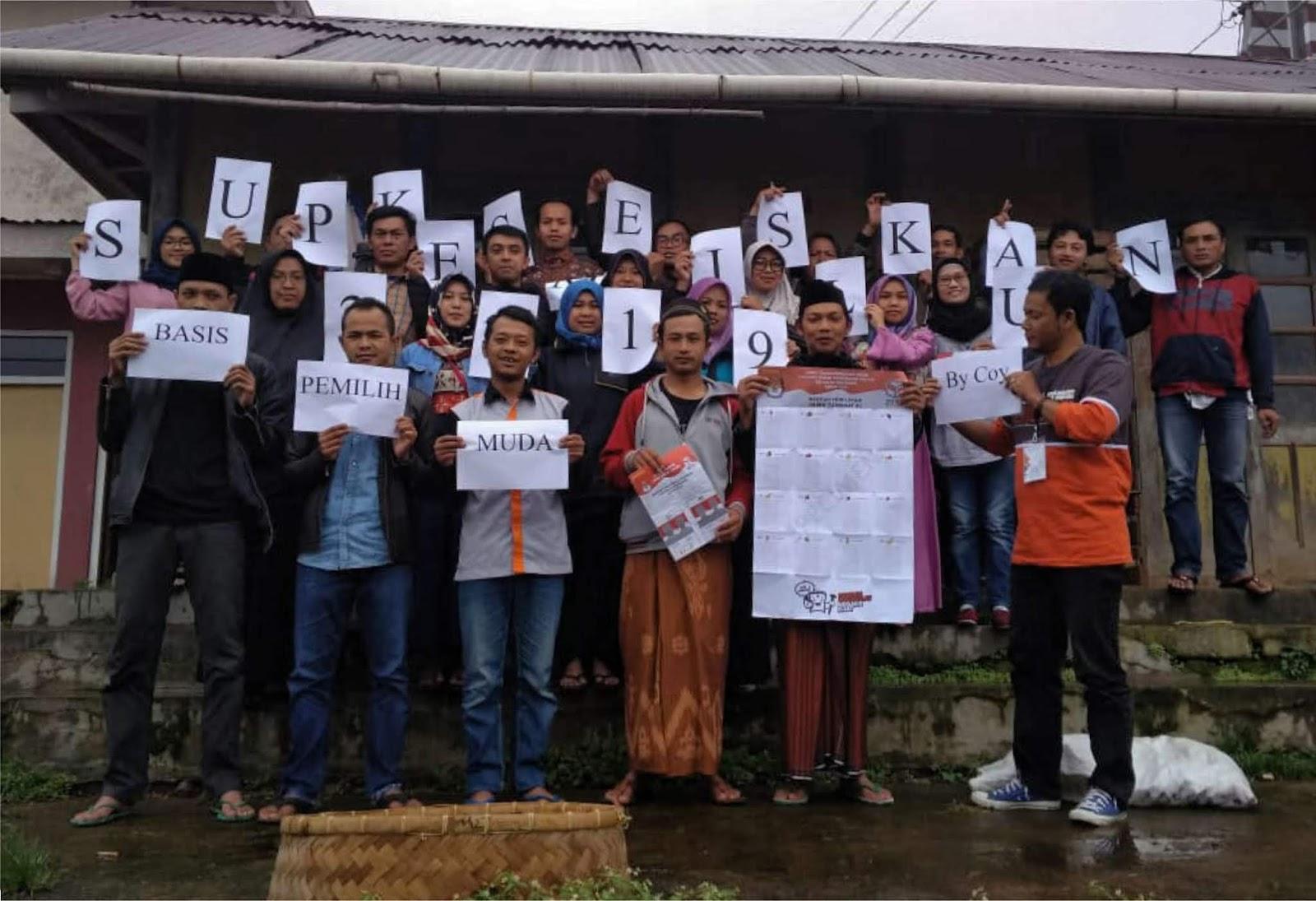 Demi Sosialisasi Relawan Demokrasi Menembus Kabut Tebal