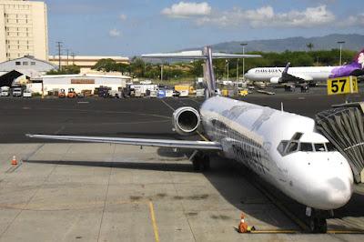 Flight to Kona