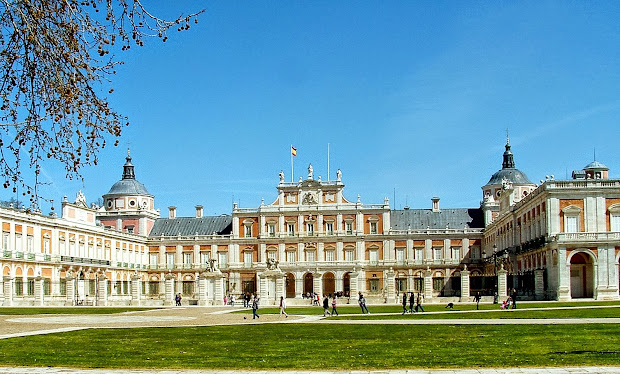 5-five-5 Royal Palace Of Madrid Spain
