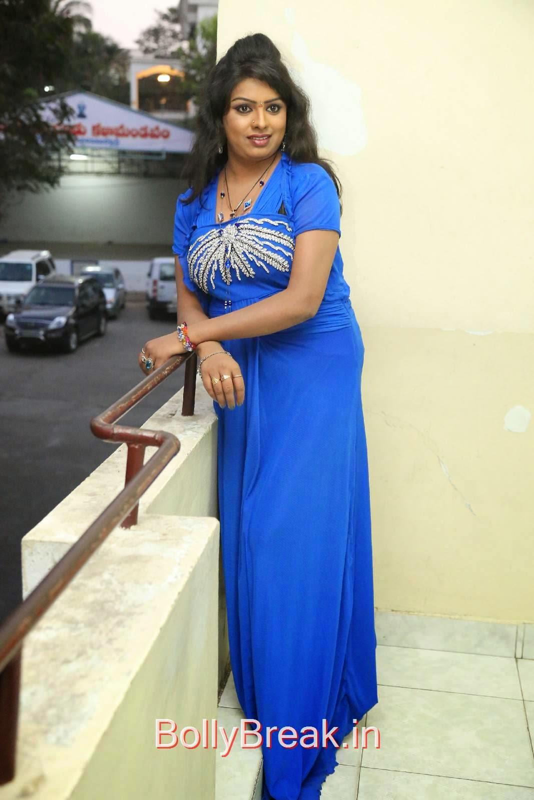Sridevi Photo Gallery, Sridevi Hot Pics In Blue Dress Romantic Target Movie Teaser Launch