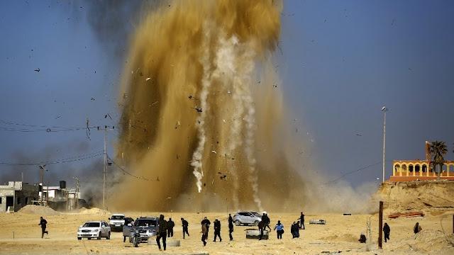 Ataque aéreo israelí a almacen de armas de Hamas