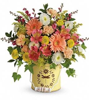 Gubahan Bunga-bunga Segar Dan Sedikit Tips ....