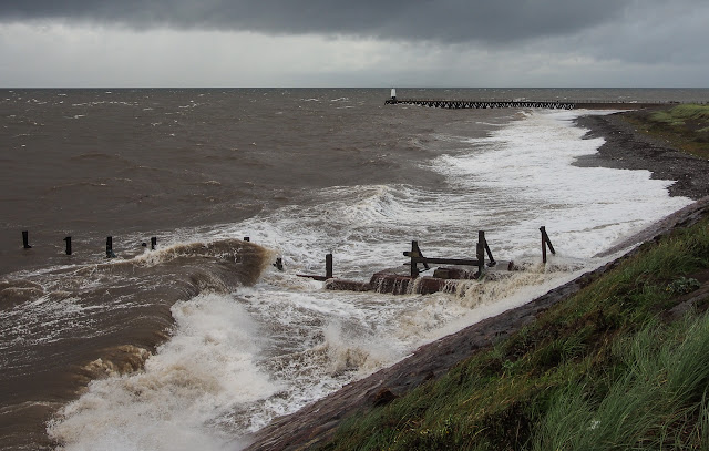 Photo of waves breaking on Grasslot Beach at Maryport