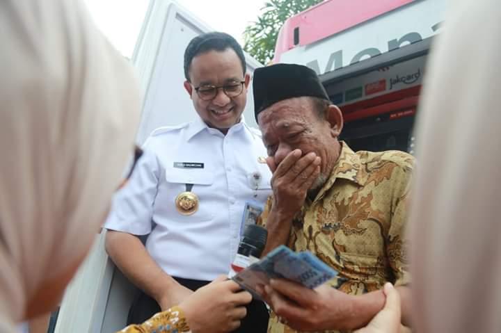 Dibungkam Media, Gebrakan Terbaru Anies Baswedan Bikin Masyarakat Indonesia Bangga