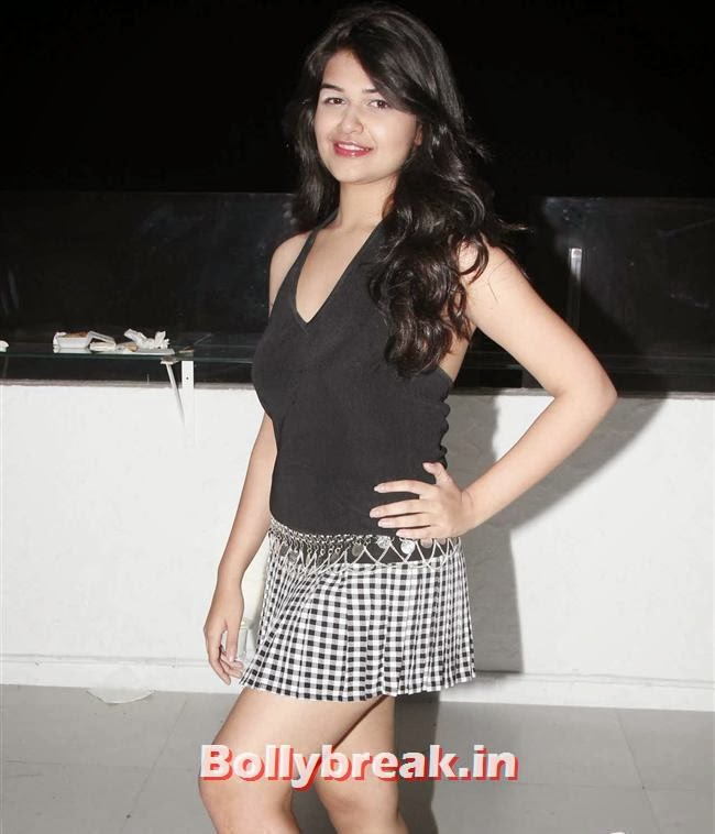 , Page 3 Babes at Kapil Mehra Birthday Party