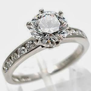 31878f03c98ab Anéis de noivado da Tiffany com diamantes e pedras preciosas