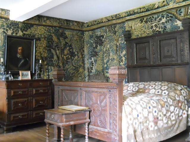 Cromwell's bedroom at Chavenage House