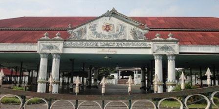 Keraton Yogyakarta keraton yogyakarta adalah keraton yogyakarta mendukung pembentukan negara indonesia merdeka tanggal 17 agustus keraton yogyakarta