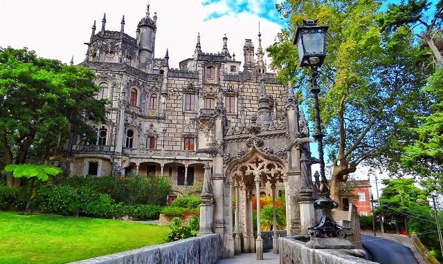 Tenpat wisata terbaik di Portugal