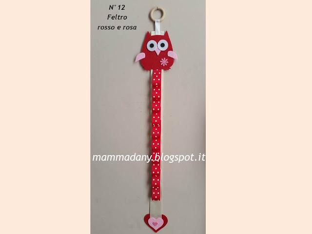 Porta cerchietti gufetto in feltro rosso e rosa con nastro panna n° 12