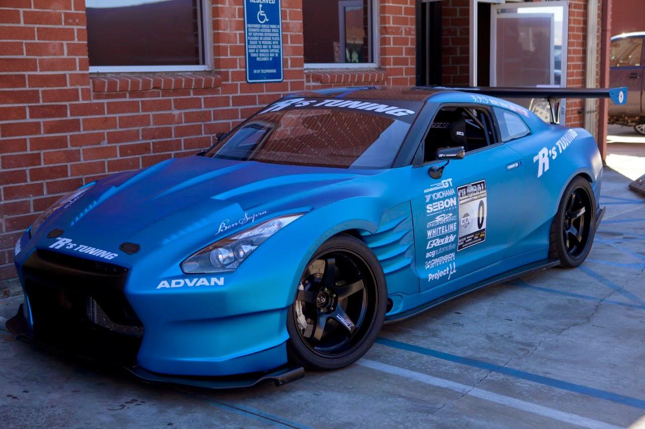 Foto Mobil Sport Warna Biru Terbaru Sobat Modifikasi