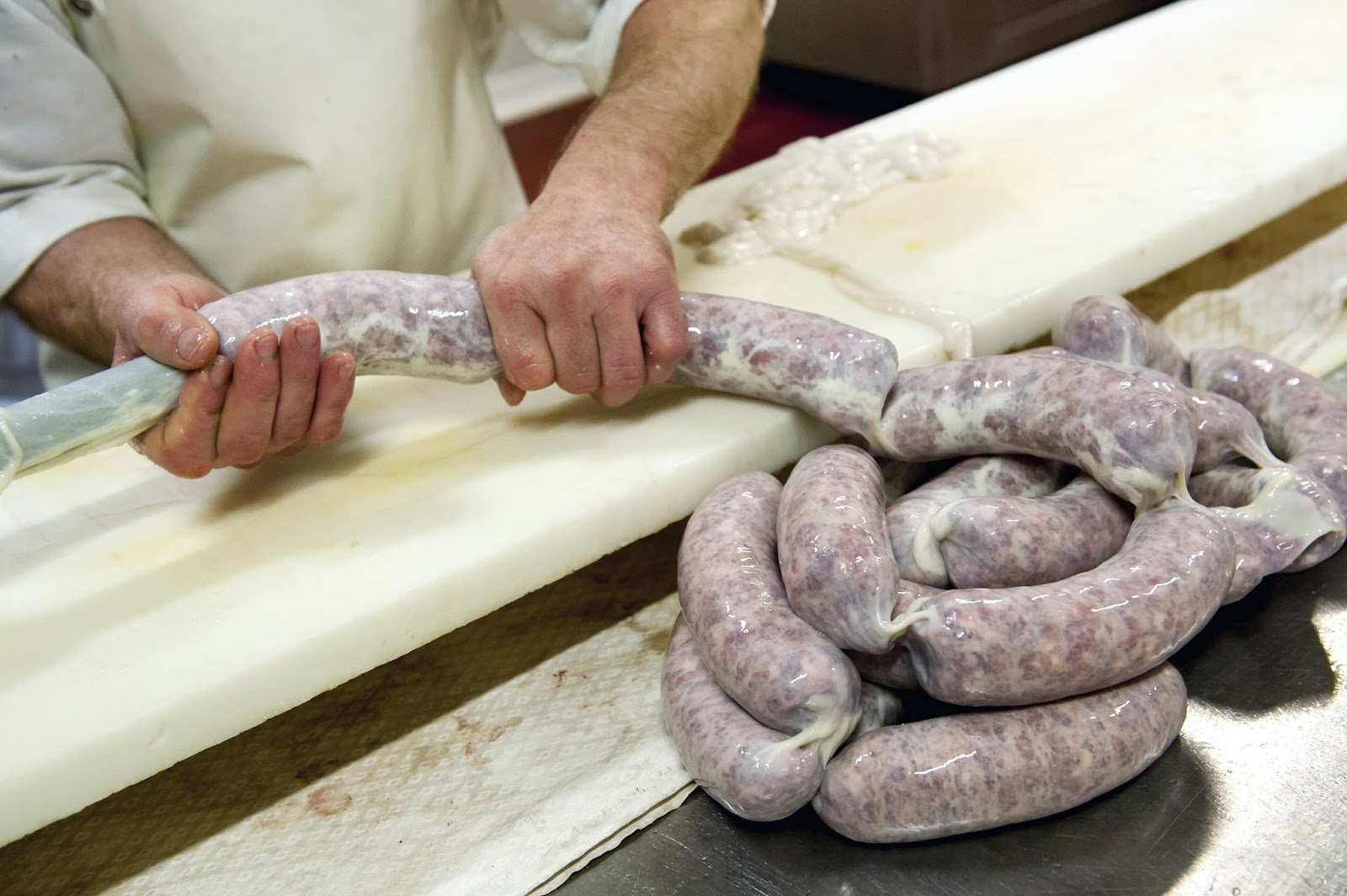 what are sausage casings made out of