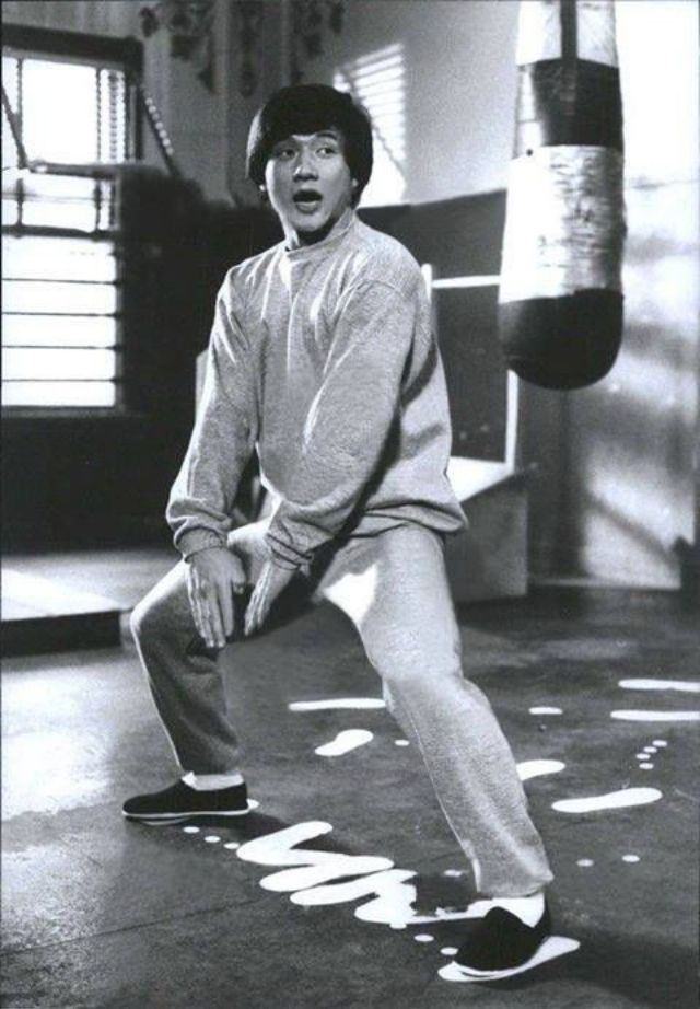 20 vintage photos of young jackie chan in his early kung
