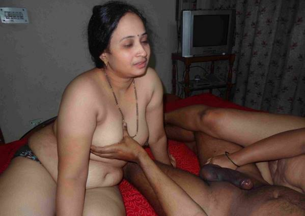 Hot Sexy Nude Bhabhi Naked Pic Sex Indian Desi Aunties And -9136