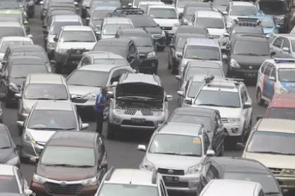 Jangan Panik Lakukan 5 Hal Ini Jika Mobil Mogok di Jalan Tol