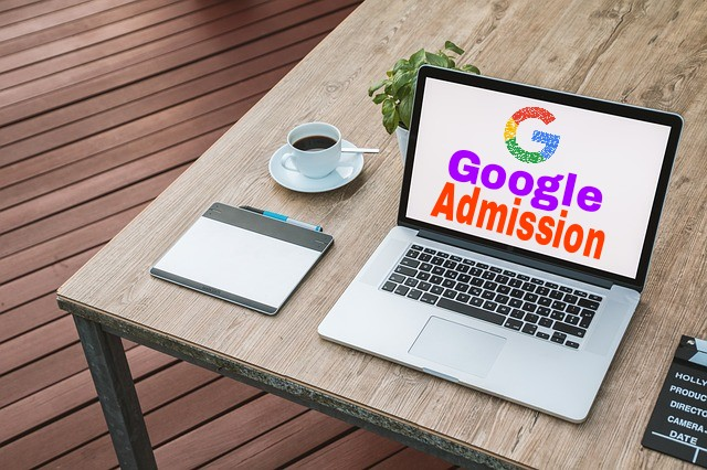 Do you want to learn programming? Or want to learn to do coding any programming language? If your answer is yes then you can find information about this article about Google Codelabs and how to get admission in it.