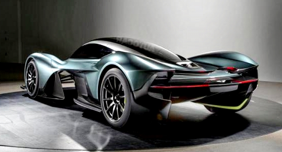AM-RB 001 automóvil super rápido Aston Martin back