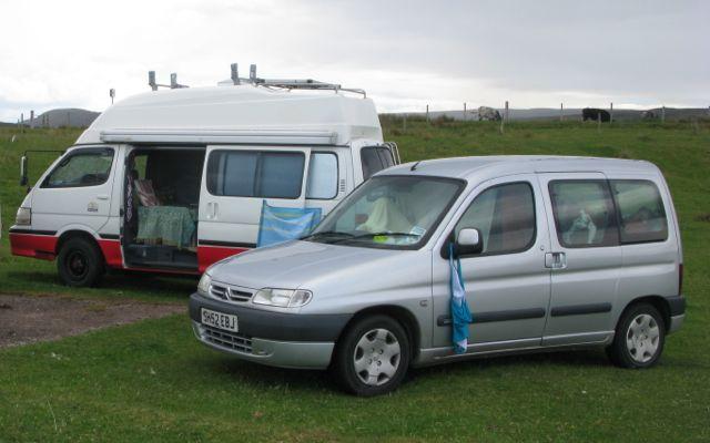 Assez Hiace Hobo - Living in a Toyota Camper Van: Jo's Citreon Berlingo  UT98