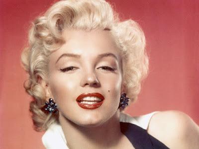 IMDB بالعربي عودة مارلين مونرو إلى الحياة قريبا بتقنية الإزدواج الرقمي Marilyn Monroe