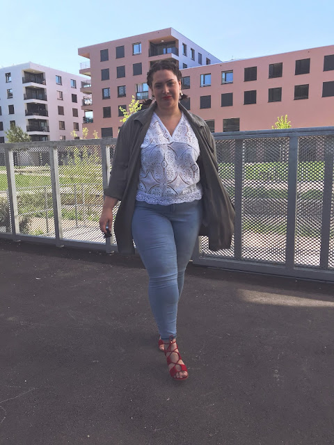 plus size, mode, curvy, dentelle, la halle, lace, papertownch, swissblogger, switzerland, blog mode,