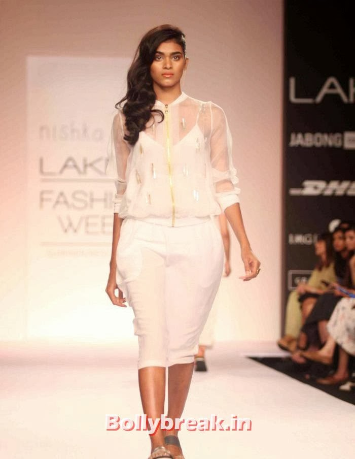 Nishika Lulla Show at Lakme Fashion Week Summer Resort 2014, Hot Models Walk Ramp for Nishika Lulla Show at LFW Summer Resort 2014