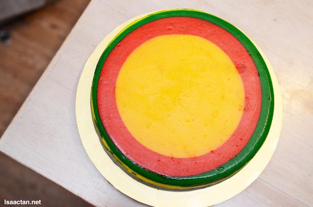 """Rainbow Cheesecake ' 9"""" Round Cake"""