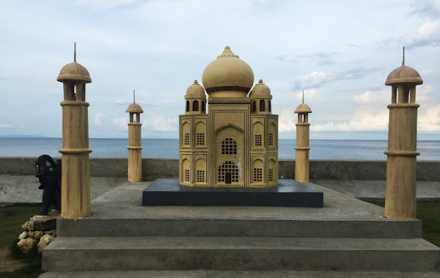 Sands Gateway Mall - Taj Mahal Replica