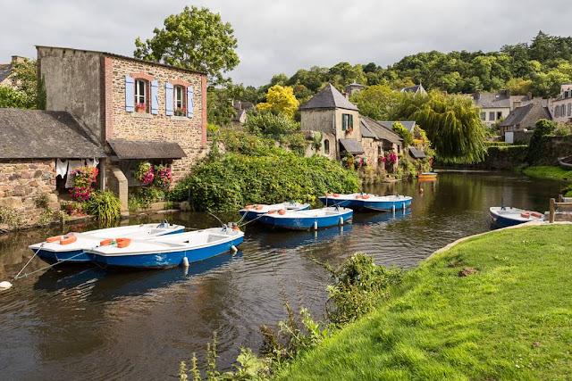 Río en Pontrieux en la Bretaña francesa