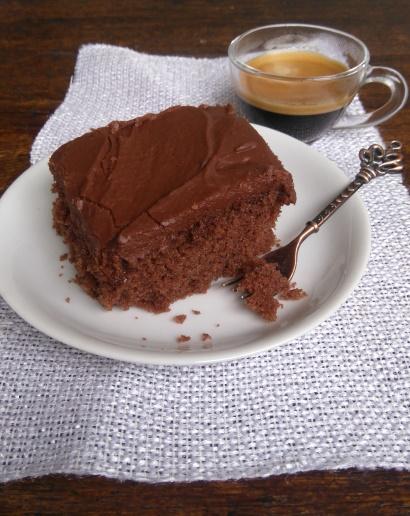 bolo de chocolate - para aniversário, TPM, decepções amorosas ou não, etc