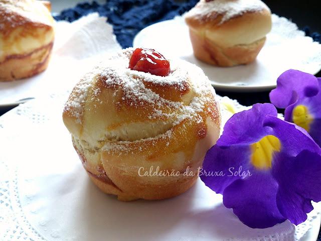 Pão flor com goiabada