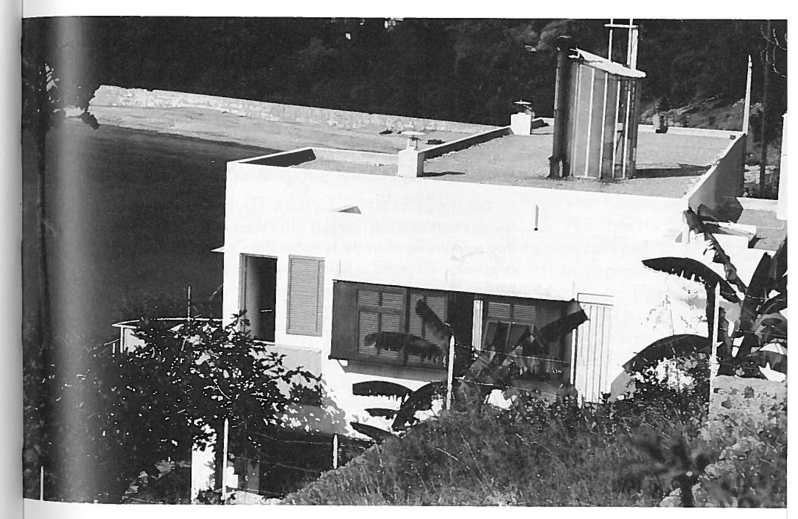E1027 Some Images  Eileen Gray Architect  Designer by