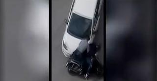 Απίστευτη καταδίωξη ληστών στα Σπάτα: Του έκλεψαν την τσάντα και τους κυνήγησε με το αυτοκίνητο