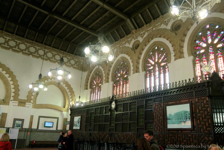 スペインの世界遺産トレド 装飾の美しいトレドの鉄道駅