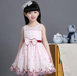 Inilah Beberapa Model Gaun Anak Perempuan yang Sangat Populer Tahun Ini!