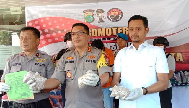 Pelaku Bandar Besar Jaringan Narkoba Diciduk polisi, 5.000 Ekstasi Disita