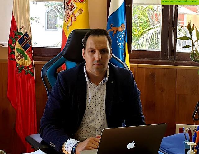Jonathan Felipe sugiere que se pida al Gobierno Central la limitación de precios del combustible, con un precio único que equilibre a todas las islas, amparándose en el actual Estado de Alarma