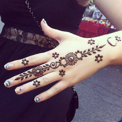 Very Simple Mehndi Designs For Dulhan