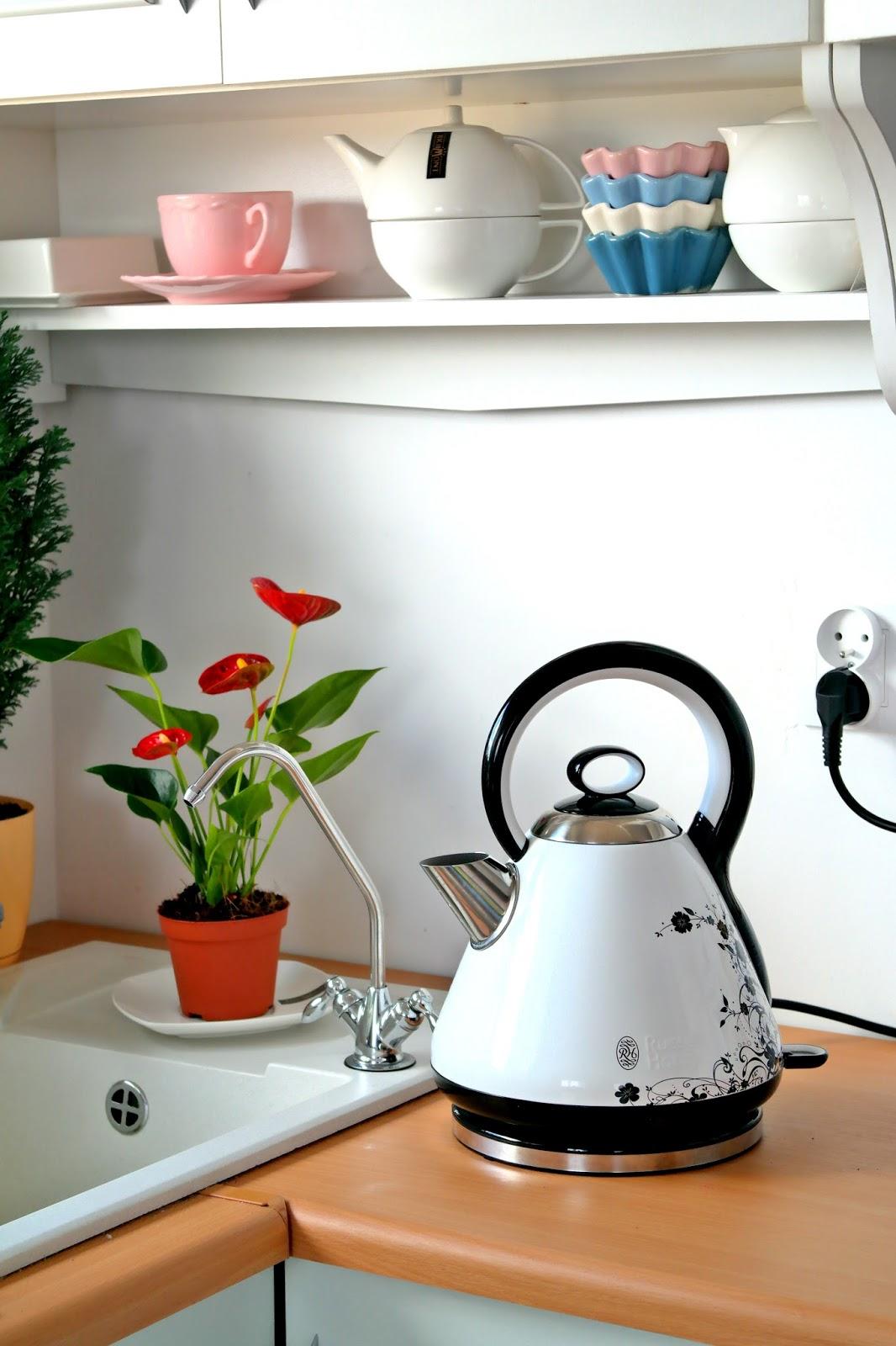 jak w naturalny sposób pozbyć się kamienia w czajniku?